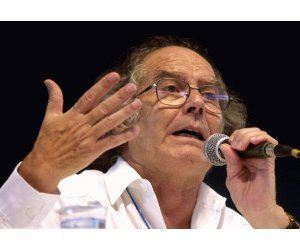 Adolfo P�rez Esquivel