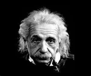 Albert Einstein:  O mundo � um lugar perigoso para se viver, n�o por causa das pessoas que s�o m�s, mas por causa das pessoas que n�o fazem nada a respeito disso.