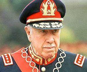 Augusto Pinochet: Sabe quem me recomendou ao comando do Ex�rcito? O Partido Comunista. Eles, sim, se enganaram comigo.