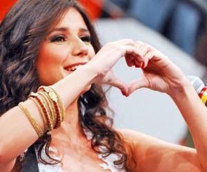 Paula Fernandes: Eu t� com saudades da nossa amizade. Do tempo em que a gente amava se ver .