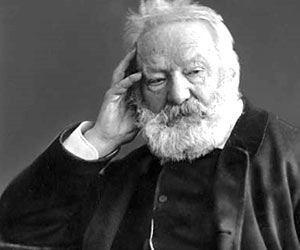 Victor Hugo: A vida � a viagem, a id�ia � o itiner�rio. Sem itiner�rio, n�o se avan�a.
